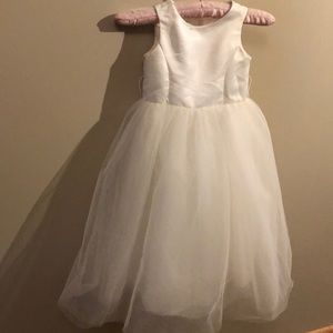 Flower girl's wedding gown
